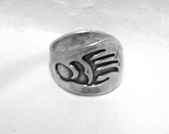 Free Shipping Vintage Cast Southwestern Sterling Silver Ring Bear Paw Ring size 8