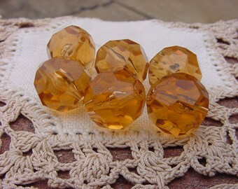 Hint of Pink Amber Facets Vintage Lucite Beads