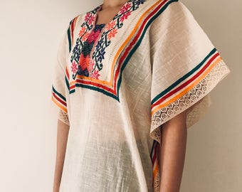 Vintage Kaftan. Vintage Mexican dress. Cotton dress. Mexican clothing. Vintage dress.