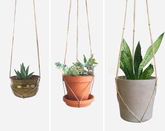 Natural beige macrame plant hanger for hanging planters | Raw jute twine pot holder | Indoor outdoor garden | Modern Home Decor