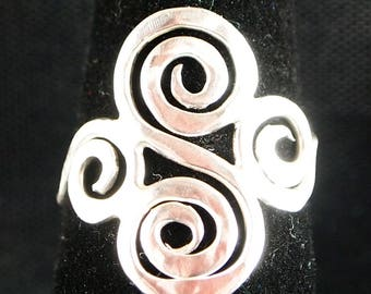 Sterling Silver Scroll ring Size 7