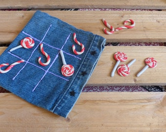 Tic Tac Toe game in recycled jeans and pawn paste fimo