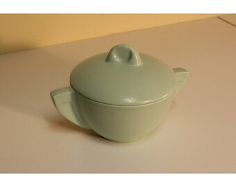 Boonton Ware Covered Sugar Bowl Melmac Melamine Mid Century Modern Light Green #603 New Jersey USA