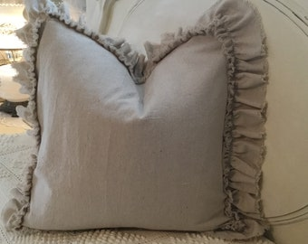 One 20/20 in ruffled pillow slip/ natural canvas/