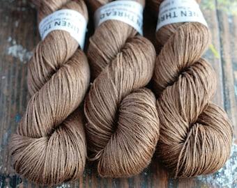 Linen yarn - 4-ply - fingering -- 004