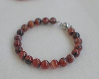 Red and Black Carnelian,Sardonyx 8 mm  natural Gemstone bracelet,Carnelian Memory Wire Bracelet,natural stone bracelet with magnetic clasp,