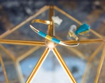 Bracelet jonc LYRE - étoile en nacre et tissage en coton bleu canard