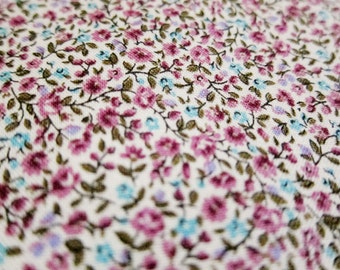 Japanese Fabric - Floral Print Fabric - Tiny Floral in Purple - Fat Quarter