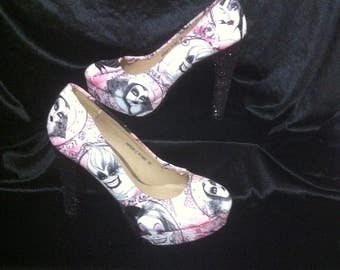 disney villans heels / shoes * * * sizes uk 3-8
