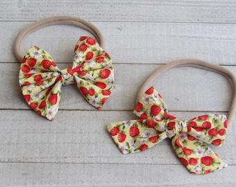 Strawberry fields in handtied style or original