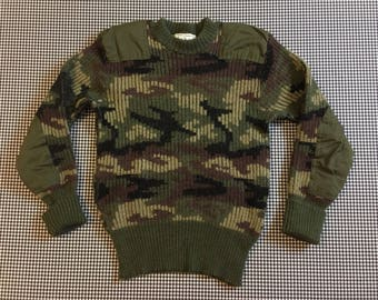 1980's, wool, camouflage, hunting sweater, in army green, black and brown, Men's size XS, Women's size Small/Medium