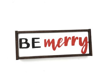Be Merry Wooden Christmas Sign // Christmas Wreath Sign // Rustic Sign // Farmhouse Christmas Sign // Hand Painted Wood Sign