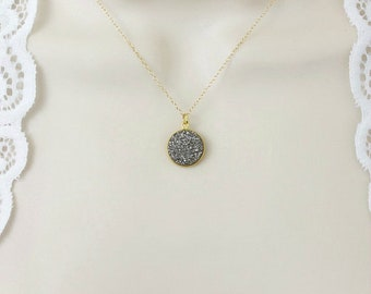 Druzy Necklace, Minimalist Necklace, Dainty Necklace, Gold Necklace, Delicate necklace, Stone Necklace, Simple, Pendant, Silver, Small,