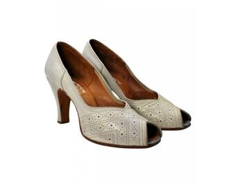 1950's Grey Heel