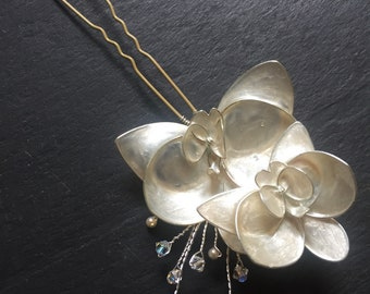 Wedding hair pin. Orchid flower hair pin. Bridal hair pin. Hair accessories