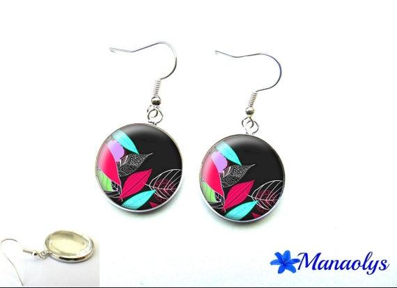 Leaf earrings multicolor on black background, 1749 glass cabochons
