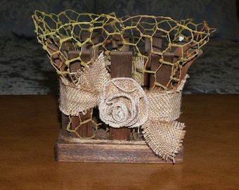 Wood, burlap, chicken wire baskets great for rustic weddings, and holiday decor