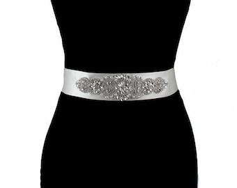 Bridal Sash, Wedding Dress Belt, Bridal Belt, Beaded Belt Sash, Rhinestoner Belt, Wedding Dress Sash, Wedding Accessories