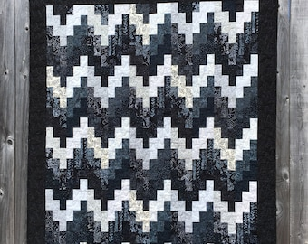 Batik Quilt // Patchwork Quilt // Bargello Quilt // Handmade Quilt // Art Quilt // Blue Black White Quilt // Geometric Quilt // Throw Quilt