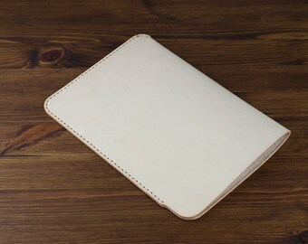 Hand-sewn iPad Leather Sleeve - Natural vegetable tanned leather