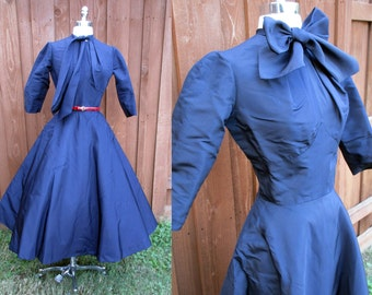 Navy Blue Full Skirt Rockabilly Dress Long Sleeve Lined Skirt Fitted Bodice XS