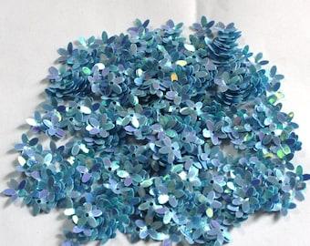 100 Light Blue Color/ Rainbow effect/ Flower sequins/KBSF672