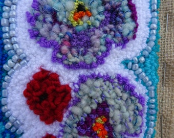 Azur: embroidered cuff