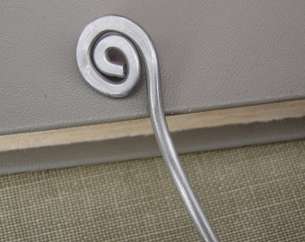 Simple Spiral Aluminum Metal Hair Stick, Shawl Pin, Hair Picks Scarf Pin, Shawl Stick, Bun Holder, Hair Pin, Women, Long hair accessories
