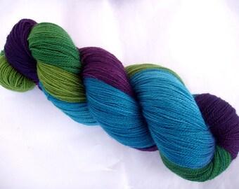 Merino lace yarn, hand painted lace yarn, superwash, weaving yarn, green, teal, purple, RIVENDALE, 3.5oz/700yds, 100g/630m, 100% wool