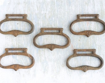 Antique Drawer Pull Handles - Set of 5 - Furniture Altered arts Embellishment