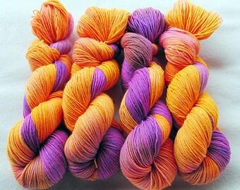 Handdyed SockYarn, 75 Wool, 25 Polyamid 100g 3.5 oz. Nr. 374