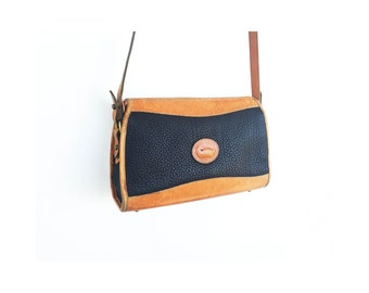 Vintage Dooney and Bourke Leather Crossbody Purse / Navy Leather