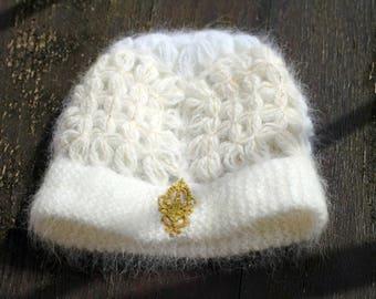 White and ecru, angora Hat 70's and 30% Merino