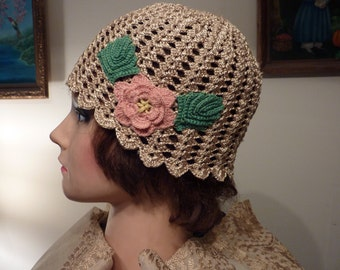 Elegant flapper beige crocheted cloche with vintage Irish crochet rose adorhment, handmade