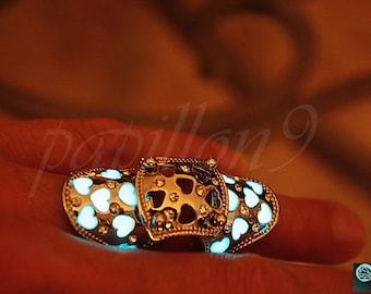 Double finger ring / HEARTS Ring / Double finger ring Hearts / GLOW in the DARK / Glow in the Dark ring /