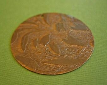 Vintaj Messing geprägte Reben-Anhänger, Messing Anhänger, 34mm einteilig
