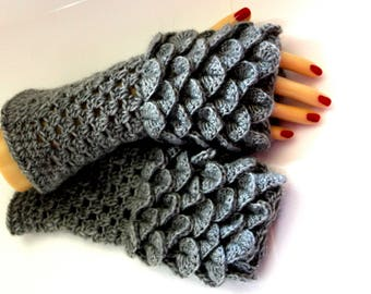 HIGH QUALITY Dragon Scale Gloves, Fingerless Mittens, Crocodile Stitch, Arm warmers, Winter gloves, Game of thrones, Texting Gloves, Skye