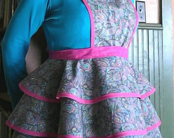 Pretty in Pink Paisley Print 100% Cotton Full Apron. Made from a Vintage 1950's Retro Pattern!