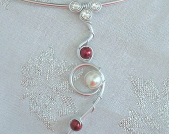 Back Nina Burgundy ivory pearls and swarovski rhinestone jewel