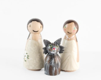 Lesbian Wedding Cake Topper with cat, wedding cake topper lesbians, same sex topper, lesbian cake topper with cat, gay wedding, wedding gift