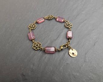 "Bracelet ""Hill"" dusty pink Czech glass beads"
