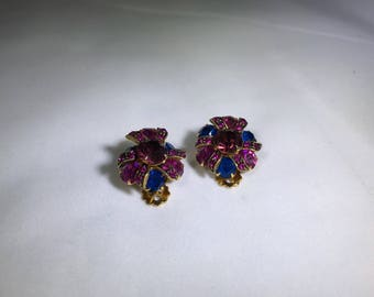 Vintage rhinestone cluster clip on earrings