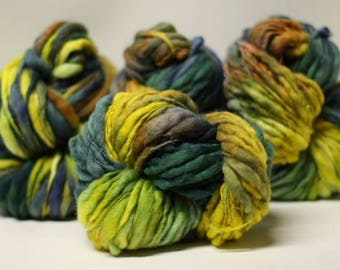 Yarn Chunky Hand Spun Thick and Thin Wool Slub Hand Dyed tts(tm) Variegated SAF17005