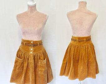 80s Corduroy Skirt/ 80s Skirt / 1980s Skirt/ Retro / Vintage Skirt / Mini Skirt / (small)