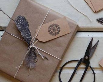 Gift wrapping service - wrap your gift, gift wrap and label