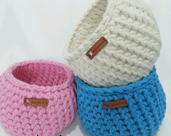 Dorm decor Set of 3 Crochet Baskets / handmade basket, tshirt yarn basket, crochet bowl, storage basket
