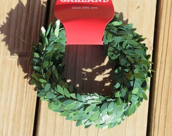 Boxwood leaf garland,appx 1 inch wide,wired,19.5 ft length,floral,Christmas,holiday crafting