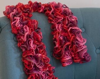 Fancy curls pink scarf