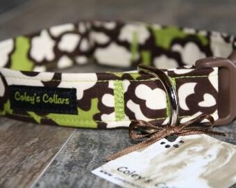 """Dog Collar, Dog Collars, Girl Dog Collar, Boy Dog Collar, Custom Dog Collar, Floral Green Dog Collar """"In Bloom"""" Dog Collar"""