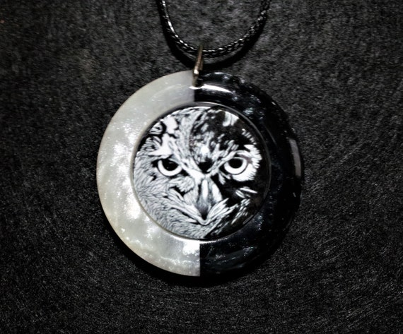 Yin Yang Owl Pendant in black and white pearl resin , Free Shipping Worldwide, Taosim, Spiritual Jewelry,symbolic,animal totem necklace